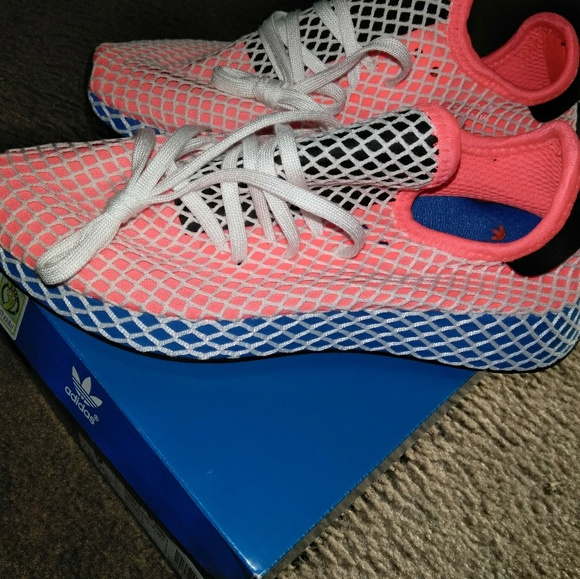 low priced 8c94c ac5a0 adidas deerupt runner spot